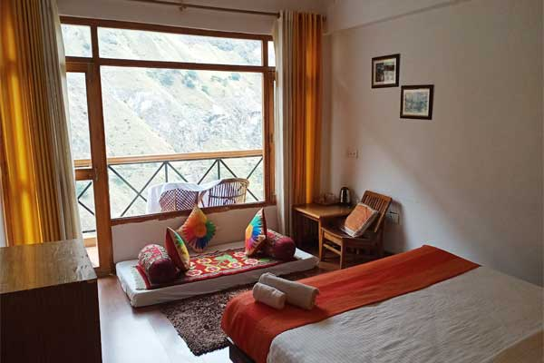 Hotels in Chardham