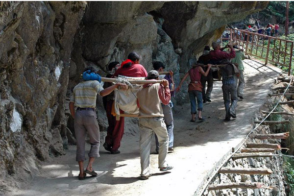 how to reach yamunotri